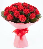 12 adet kırmızı gül buketi  Giresun yurtiçi ve yurtdışı çiçek siparişi