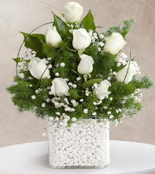 9 beyaz gül vazosu  Giresun çiçek online çiçek siparişi