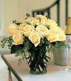 Giresun yurtiçi ve yurtdışı çiçek siparişi  11 adet sari gül mika yada cam vazo tanzim