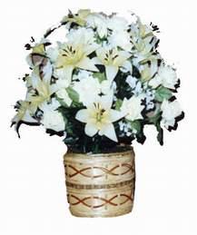 yapay karisik çiçek sepeti   Giresun internetten çiçek satışı