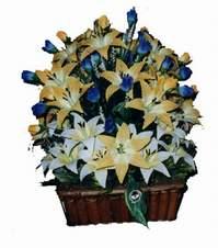 yapay karisik çiçek sepeti   Giresun anneler günü çiçek yolla