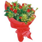 10 adet kirmizi gül buketi  Giresun 14 şubat sevgililer günü çiçek