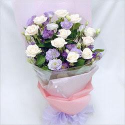 Giresun online çiçekçi , çiçek siparişi  BEYAZ GÜLLER VE KIR ÇIÇEKLERIS BUKETI