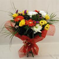 Giresun kaliteli taze ve ucuz çiçekler  Karisik mevsim demeti