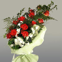 Giresun çiçek mağazası , çiçekçi adresleri  11 adet kirmizi gül buketi sade haldedir