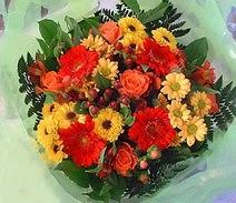 Giresun çiçek mağazası , çiçekçi adresleri  sade hos orta boy karisik demet çiçek
