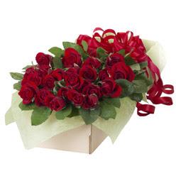 19 adet kirmizi gül buketi  Giresun internetten çiçek siparişi