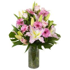vazo içerisinde karisik mevsim çiçekleri  Giresun İnternetten çiçek siparişi