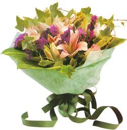 karisik mevsim buketi anneler günü ve sevilenlere  Giresun güvenli kaliteli hızlı çiçek