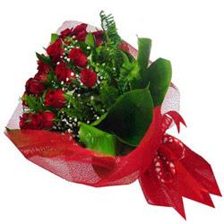 Giresun çiçekçiler  12 adet kirmizi essiz gül buketi - SEVENE ÖZEL