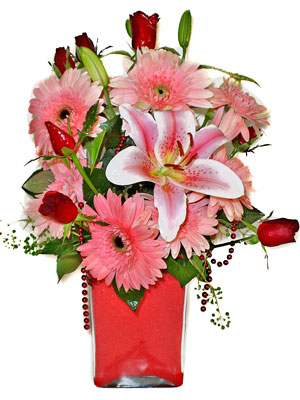Giresun çiçek gönderme  karisik cam yada mika vazoda mevsim çiçekleri mevsim demeti