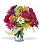 Giresun çiçek servisi , çiçekçi adresleri  cam yada mika vazo içerisinde karisik kir çiçekleri