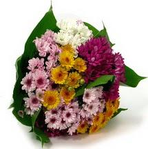 Giresun hediye sevgilime hediye çiçek  Karisik kir çiçekleri demeti herkeze