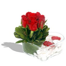 Mika kalp içerisinde 9 adet kirmizi gül  Giresun çiçek siparişi sitesi