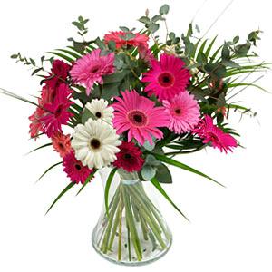 15 adet gerbera ve vazo çiçek tanzimi  Giresun çiçek yolla