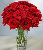 Giresun yurtiçi ve yurtdışı çiçek siparişi  Sevdiklerinize özel ürün 12 adet cam içerisinde kirmizi gül  Giresun kaliteli taze ve ucuz çiçekler