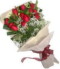 11 adet kirmizi güllerden özel buket  Giresun İnternetten çiçek siparişi