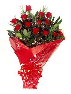 12 adet kirmizi gül buketi  Giresun çiçek yolla , çiçek gönder , çiçekçi