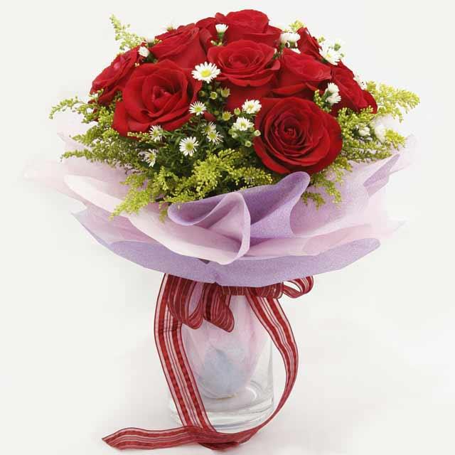 Çiçek gönderme estetikliginiz 11 gül buket  Giresun güvenli kaliteli hızlı çiçek