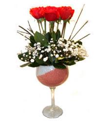 Giresun çiçek yolla , çiçek gönder , çiçekçi   cam kadeh içinde 7 adet kirmizi gül çiçek
