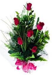 Giresun internetten çiçek siparişi  5 adet kirmizi gül buketi hediye ürünü