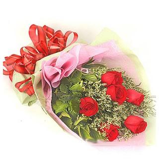 Giresun çiçek servisi , çiçekçi adresleri  6 adet kırmızı gülden buket
