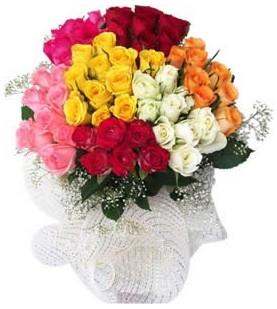 Giresun hediye sevgilime hediye çiçek  51 adet farklı renklerde gül buketi