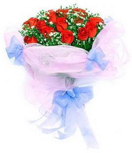 Giresun yurtiçi ve yurtdışı çiçek siparişi  11 adet kırmızı güllerden buket modeli