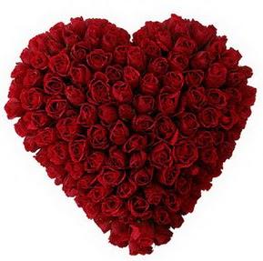 Giresun güvenli kaliteli hızlı çiçek  muhteşem kırmızı güllerden kalp çiçeği