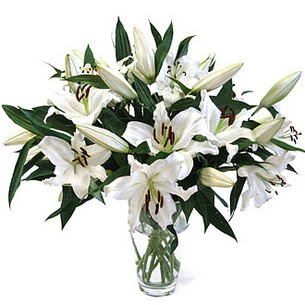 Giresun hediye sevgilime hediye çiçek  3 dal görsel casablanca vazo tanzimi
