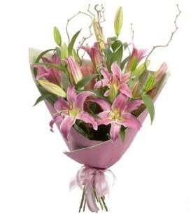 Giresun cicekciler , cicek siparisi  3 dal cazablanca buket çiçeği