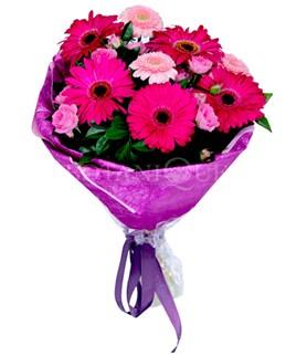 Giresun yurtiçi ve yurtdışı çiçek siparişi  karışık gerbera çiçeği buketi