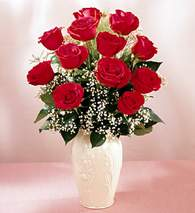 Giresun güvenli kaliteli hızlı çiçek  9 adet vazoda özel tanzim kirmizi gül
