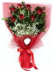 7 adet kırmızı gülden buket tanzimi  Giresun çiçek gönderme