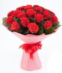15 adet kırmızı gülden buket tanzimi  Giresun yurtiçi ve yurtdışı çiçek siparişi