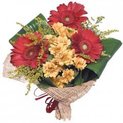 karışık mevsim buketi  Giresun güvenli kaliteli hızlı çiçek