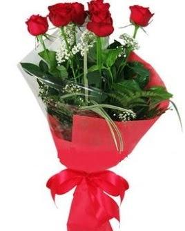 5 adet kırmızı gülden buket  Giresun çiçekçiler