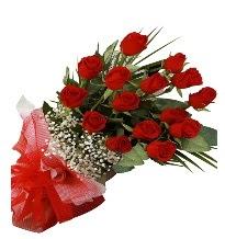 15 kırmızı gül buketi sevgiliye özel  Giresun uluslararası çiçek gönderme