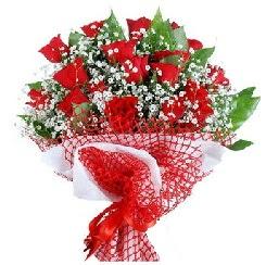 11 kırmızı gülden buket  Giresun çiçek , çiçekçi , çiçekçilik
