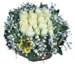 Giresun çiçek yolla , çiçek gönder , çiçekçi   Beyaz harika bir gül sepeti