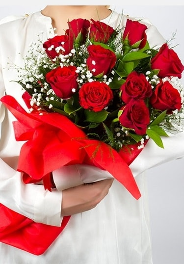 Aşk Gülleri 11 Adet kırmızı gül buketi  Giresun hediye sevgilime hediye çiçek