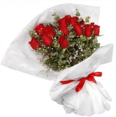 9 adet kırmızı gül buketi  Giresun güvenli kaliteli hızlı çiçek